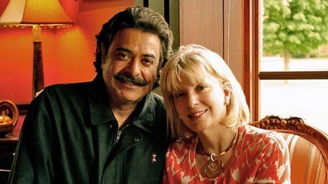 Ann-carlson-Khan-with-her-husband
