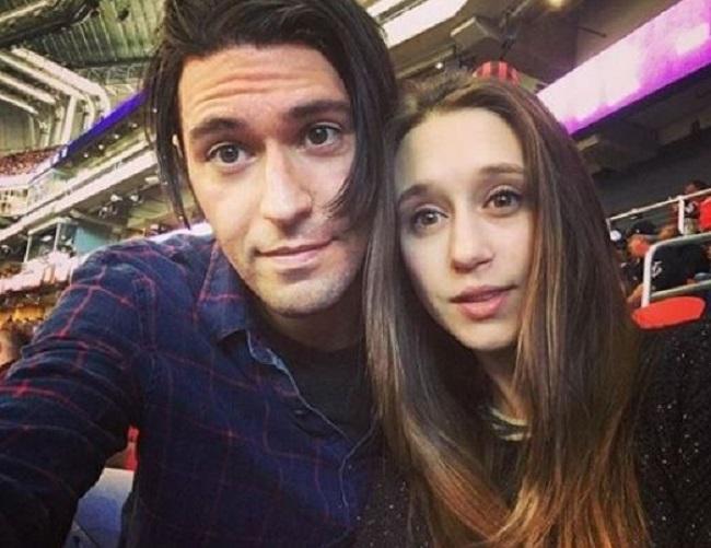 Taissa-Farmiga-with-her-boyfriend