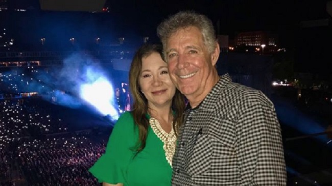 Barry-Williams-and-his-wife