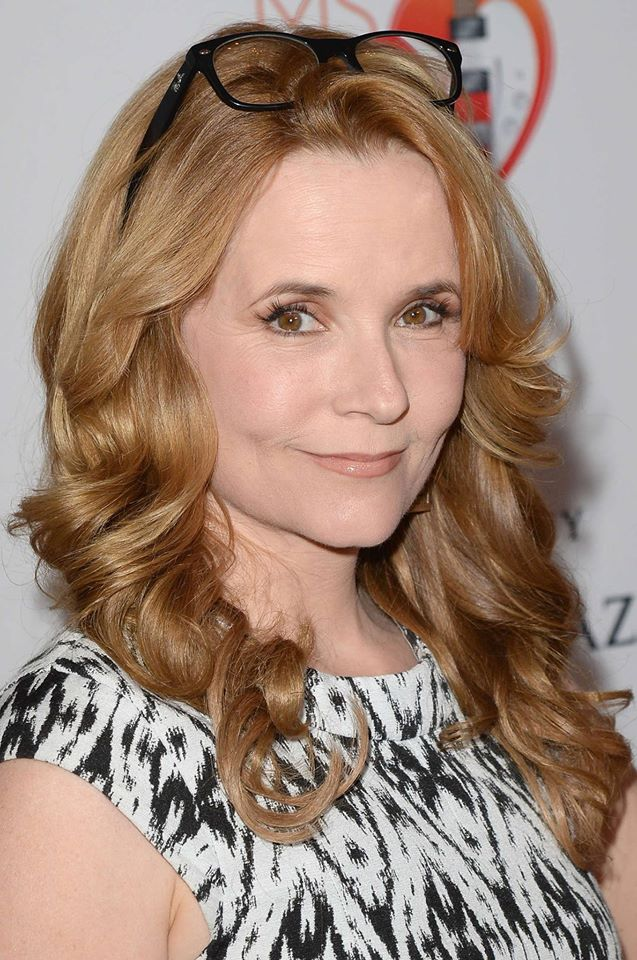 Actress and dancer lea Thompson