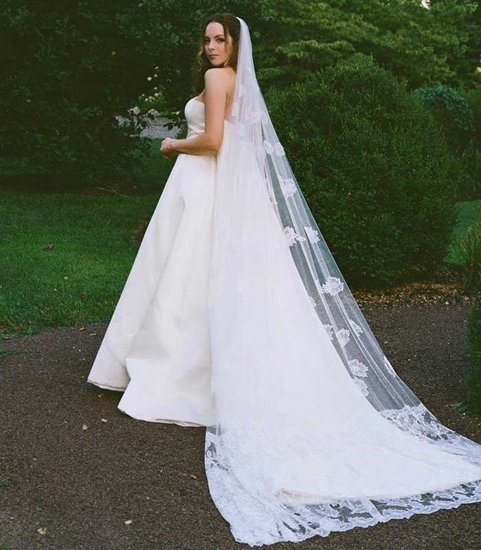 Elizabeth-Gillies-Married-Michael-Corcoran