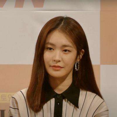 Yoo-Jin